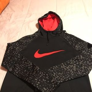 Nike DriFit SM Blk/Coral hoodie perfect condition